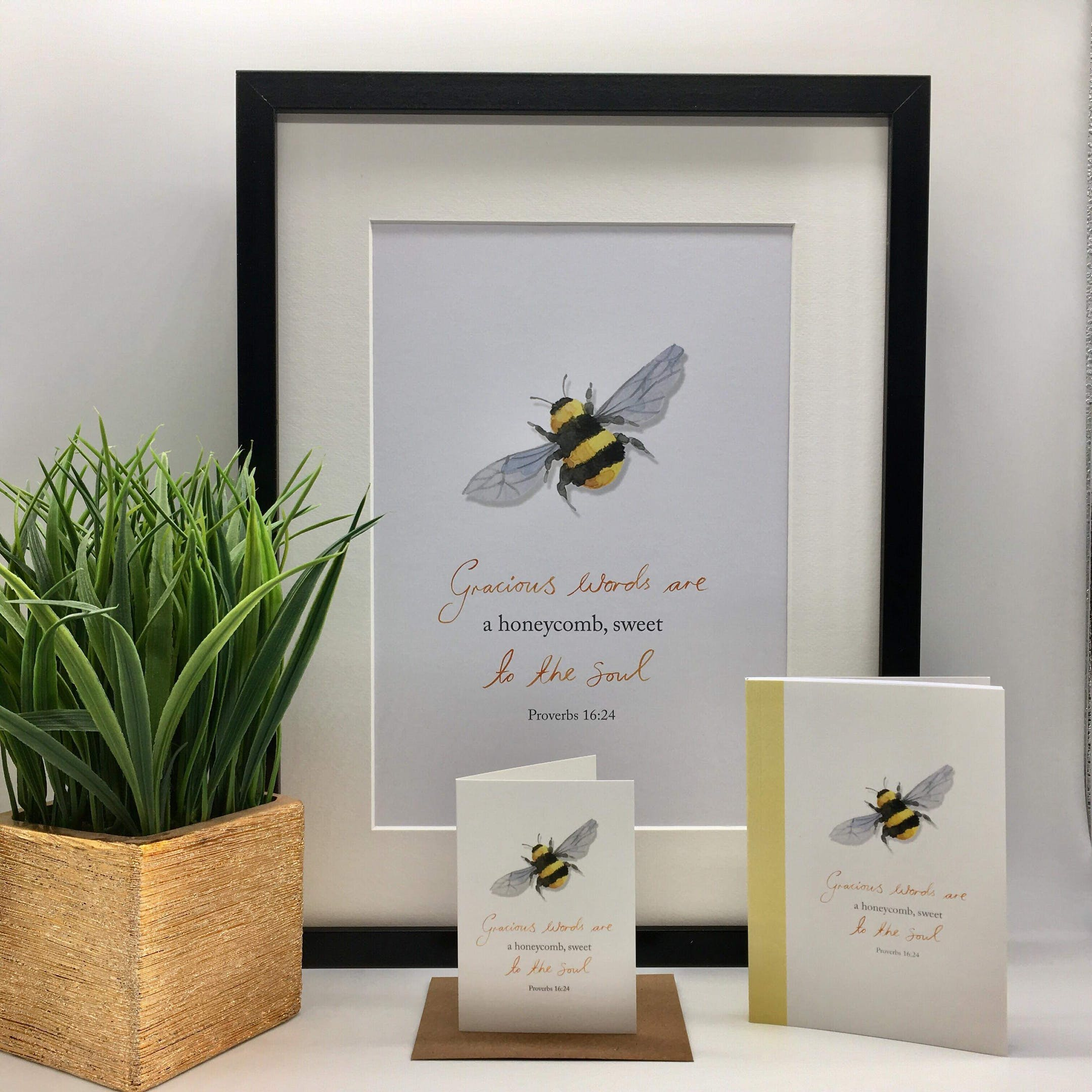 Bee Honeycomb - Proverbs 16:24 - Forget-Me-Not Christian Cards