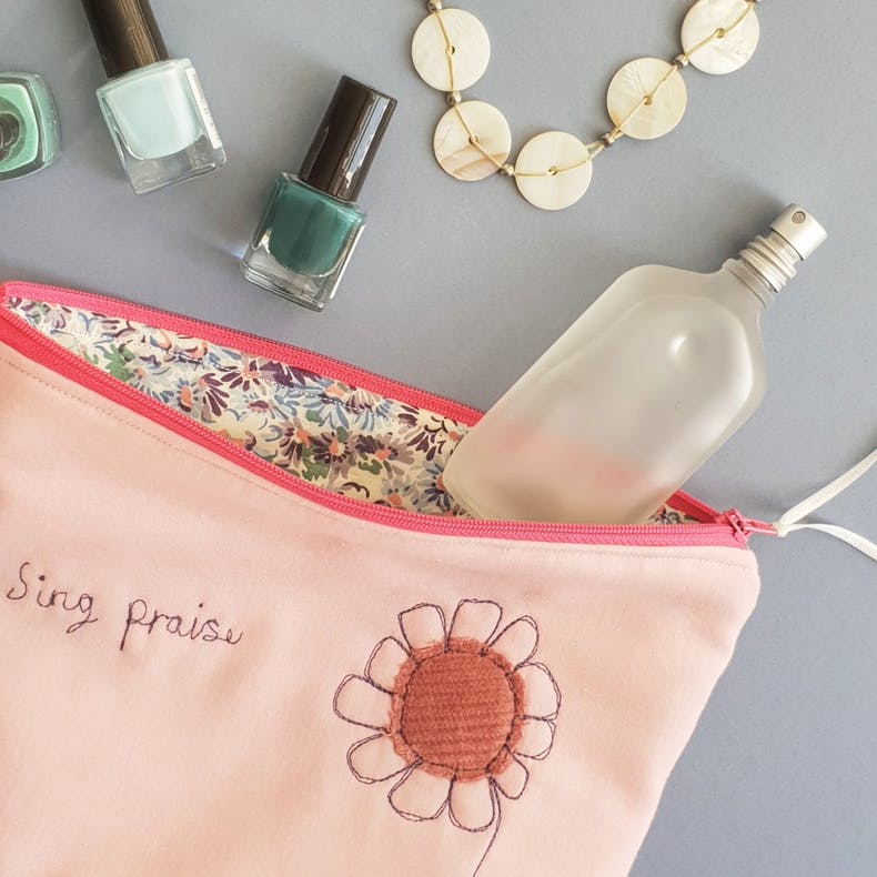 Sing Praise Makeup Bag | Christian Accessories | Hanmade in Cornwall | Cheerfully Given