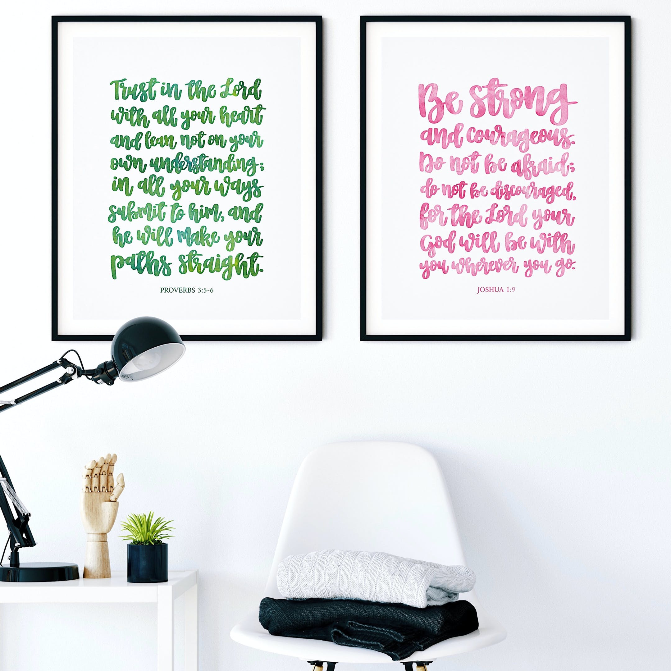 Green & Pink Prints - Trust In The Lord & Be Strong - Izzy & Pop