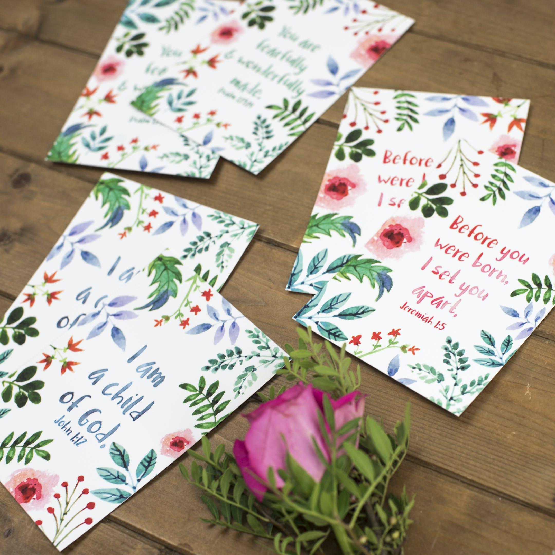 Set of 6 Floral Encouragement Postcards - Izzy and Pop