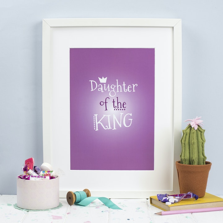 A4/A5 Daughter Of The King Print - Pink