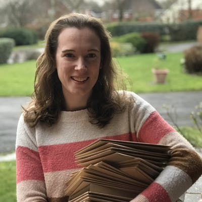 Jasmine Hnatkova of The Lettering Tree | Cheerfully Given