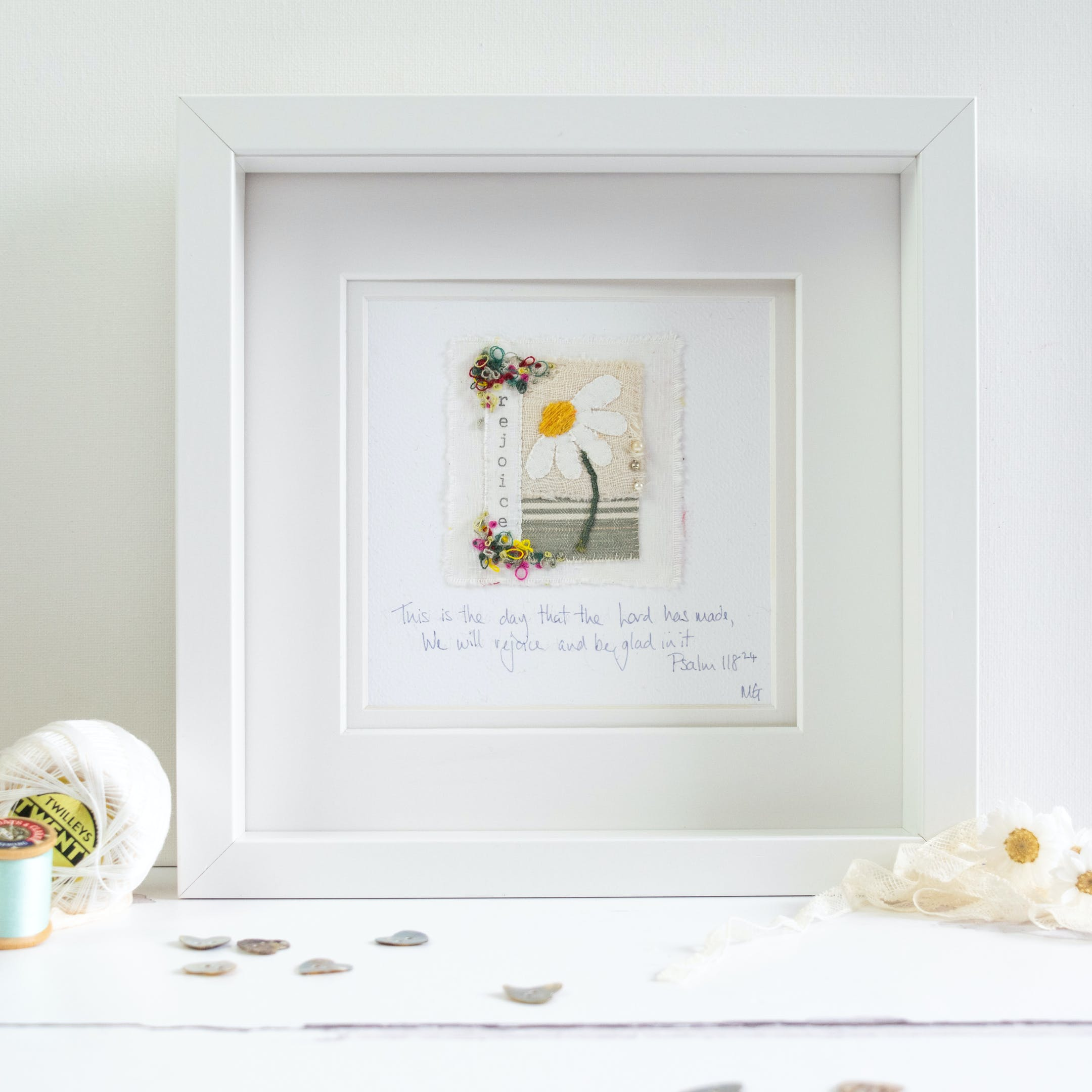 Embroidered daisy and mixed textile art by Teeny White Daisy @ Cheerfully Given